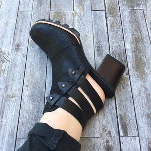 Sorel Booties Black Sz 8 Heels EUC Ankle Boots